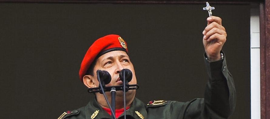 Hugo Chávez era un teniente coronel que trató de tomar el poder por las armas....