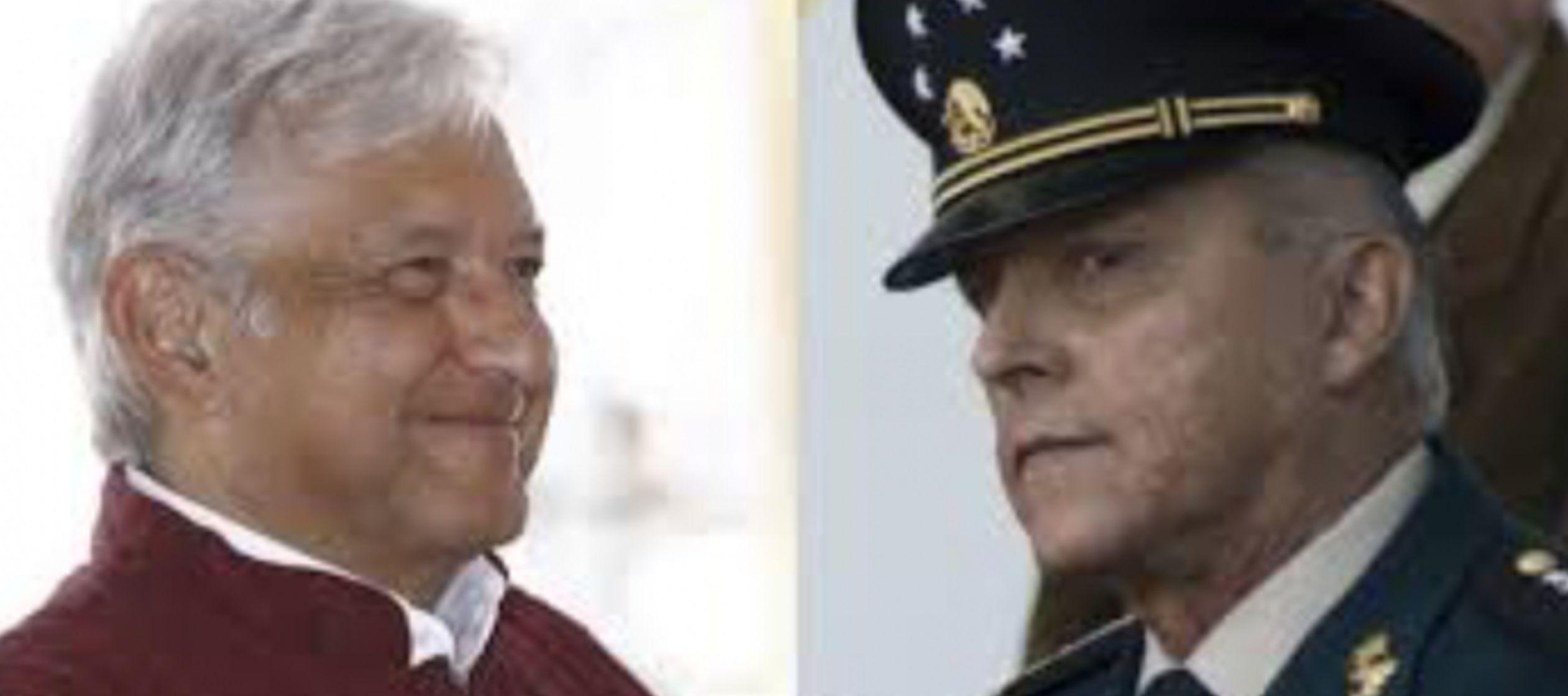 Después de una reunión con el presidente Enrique Peña Nieto en Palacio...