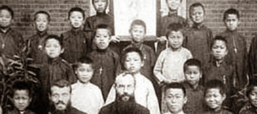Desde los más remotos orígenes del pueblo chino (hacia la mitad del tercer milenio...