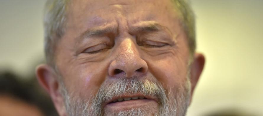 """""""Lula estaba prácticamente en la puerta de la Policía Federal para salir e..."""