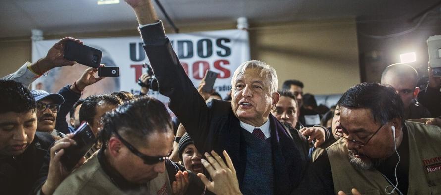 """""""Estamos muy contentos porque parece que AMLO realmente es un cambio"""", dijo Pozos Rivera..."""