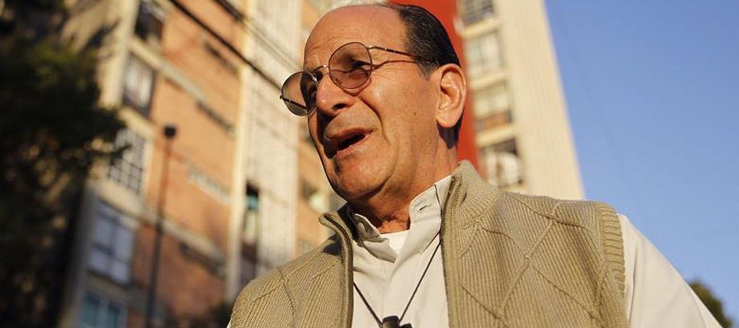 """El activista se definió como un sacerdote """"de a pie"""" y dijo que no se ve a..."""