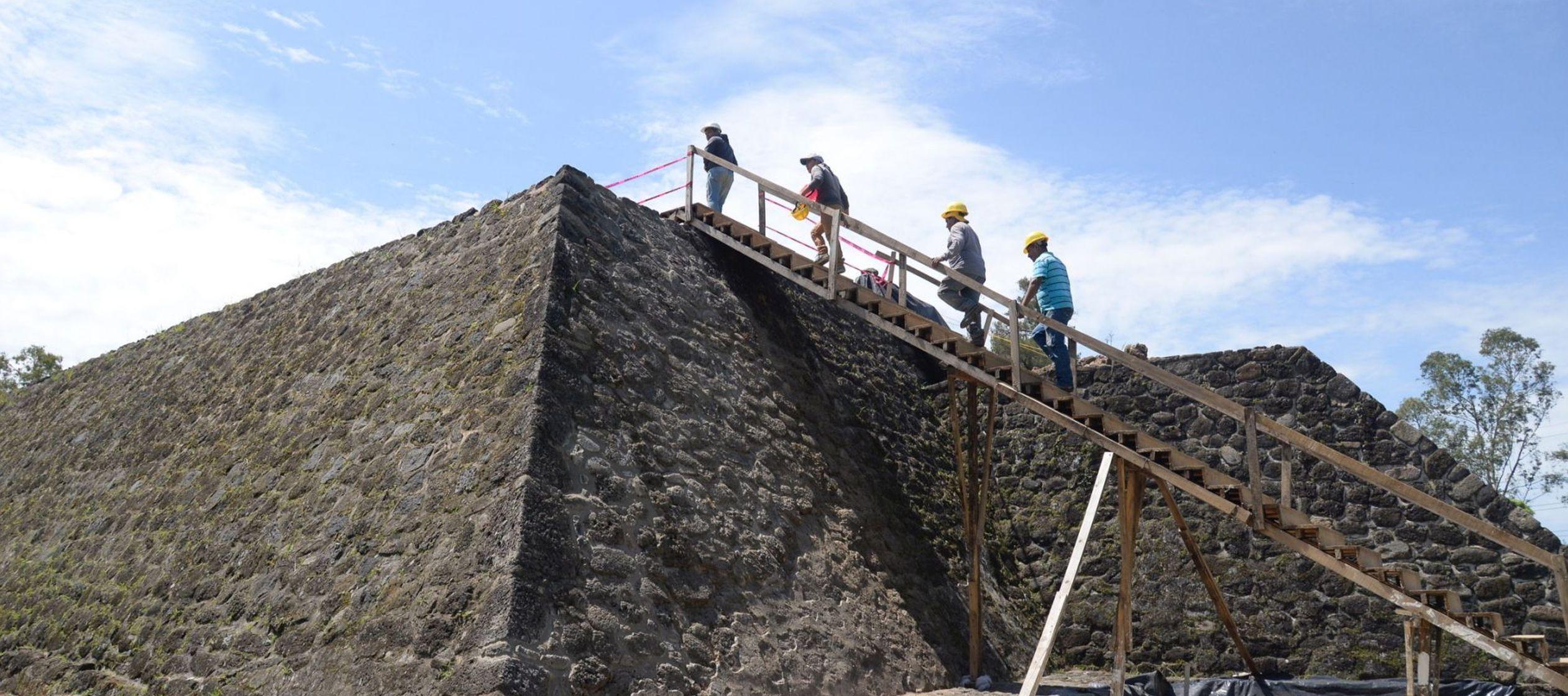La zona arqueológica, ubicada en el estado de Morelos, permanece resguardada y cerrada al...