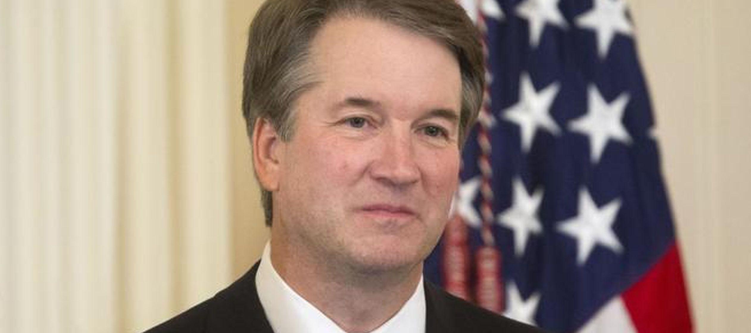 Kavanaugh es católico. De este modo el tribunal Supremo está constituido por una...