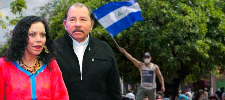 """Murillo acusó a los detractores del Gobierno de vivir en """"un mundo egoísta, de..."""