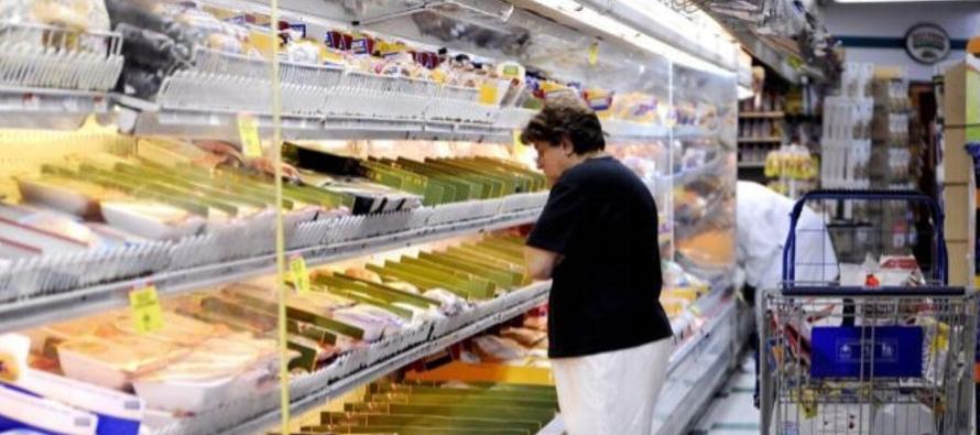 La inflación subyacente, que excluye los precios de la energía y alimentos por su...