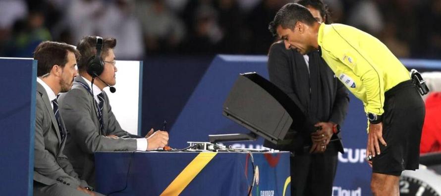 """""""La presencia del VAR tiene mucho que ver con el aumento de los goles a balón parado...."""