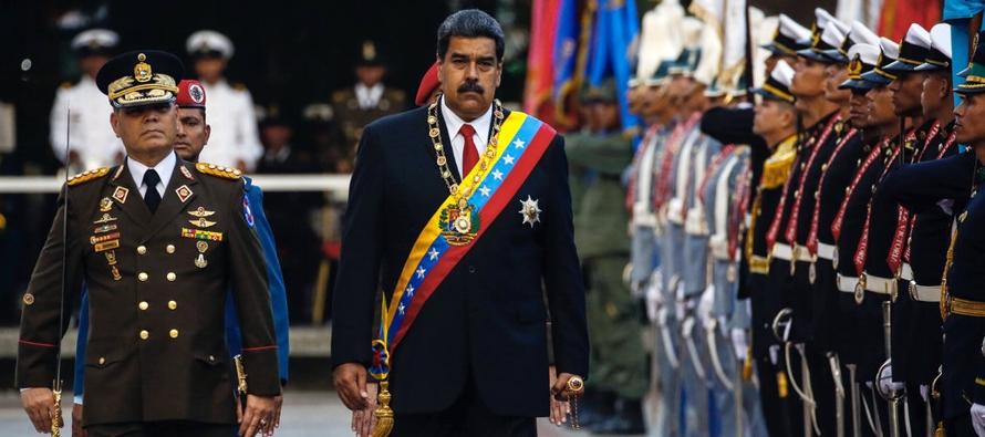 Maduro se mantiene en el poder gracias a un régimen que, según se sospecha, tiene...