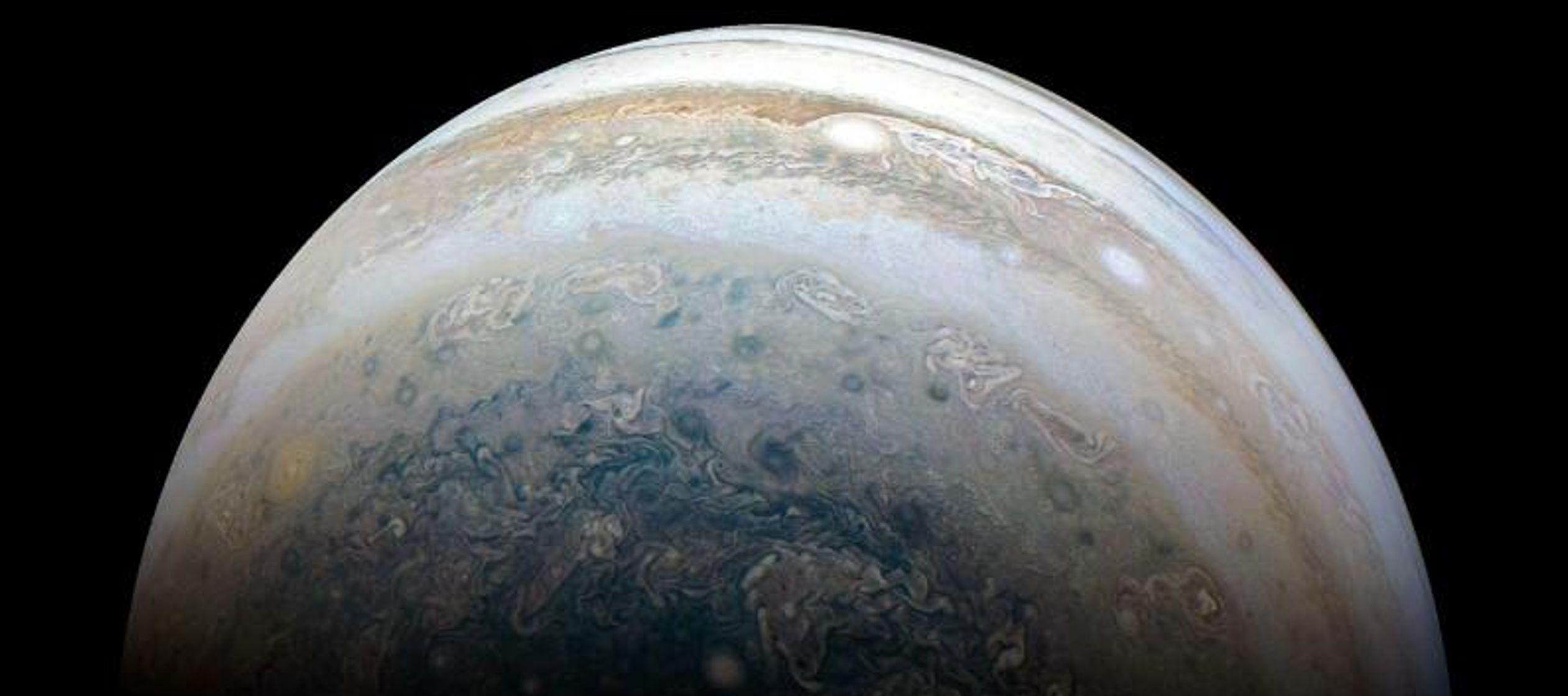 Sheppard dijo que esas lunas probablemente son objetos que se formaron cerca de Júpiter...