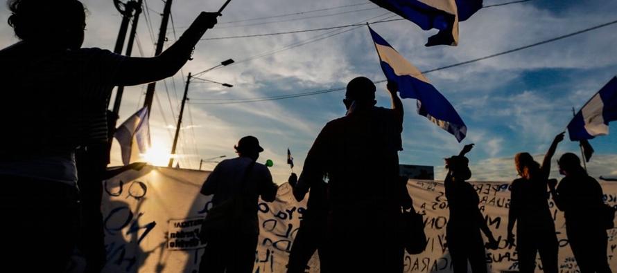 Este aniversario revolucionario es una conmemoración luctuosa en una Nicaragua convulsa por...