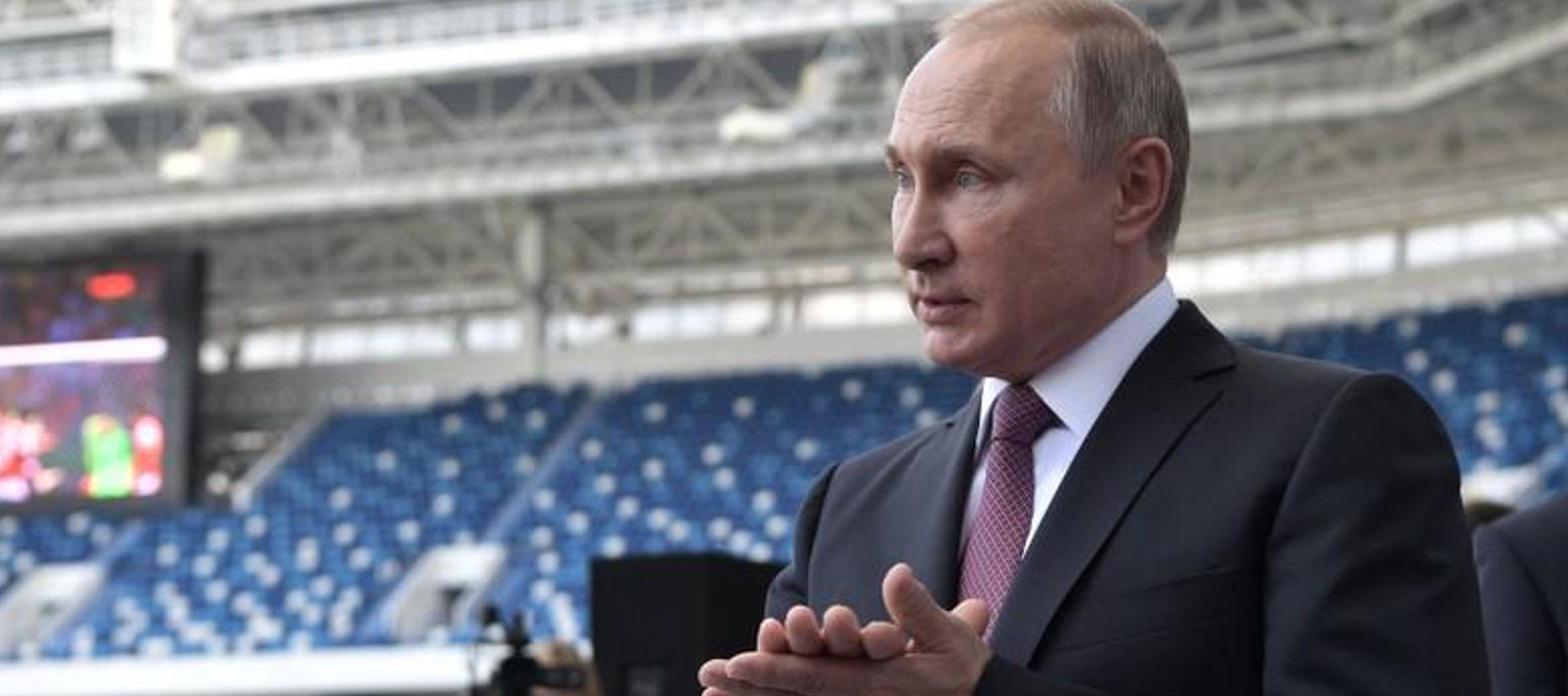 Putin dice que estadios del Mundial de Rusia deberían seguir siendo canchas de fútbol
