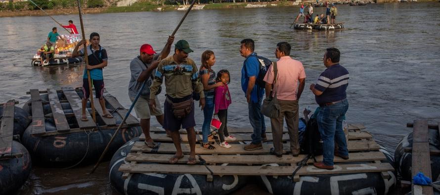 Contrabandistas, balseros y migrantes: la frontera de México y Guatemala