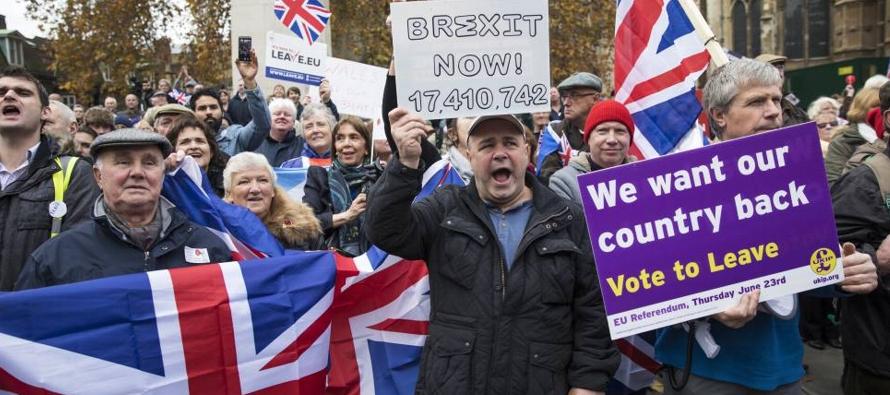 En caso de que Londres y Bruselas no alcancen un pacto para una ruptura negociada, el 25 % de los...