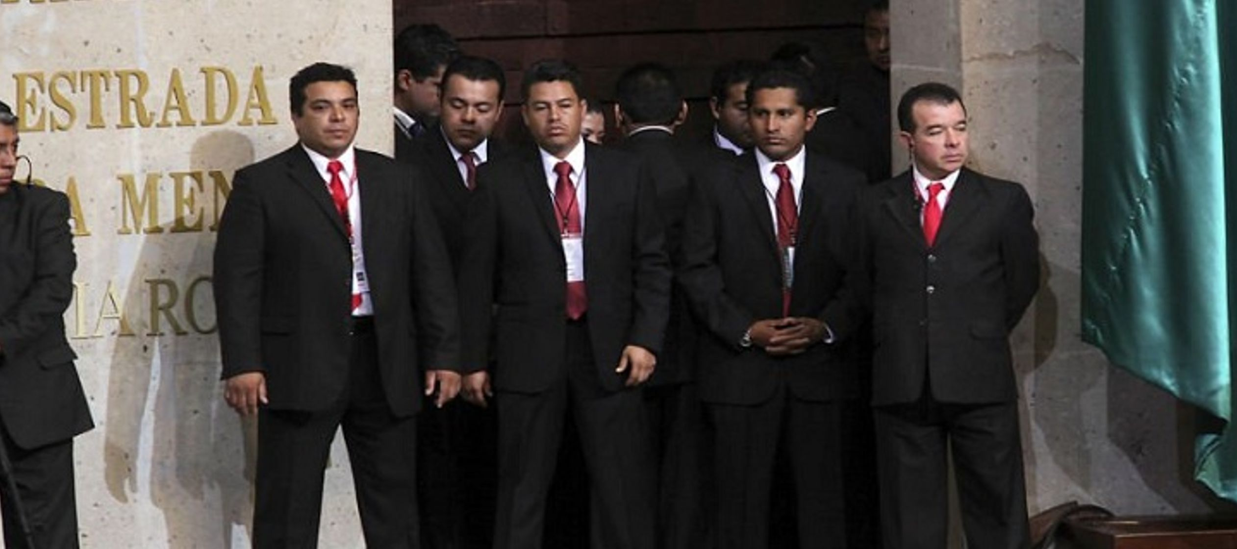 Su oscuridad es también administrativa. A Felipe Calderón, por ejemplo, le gustaba...
