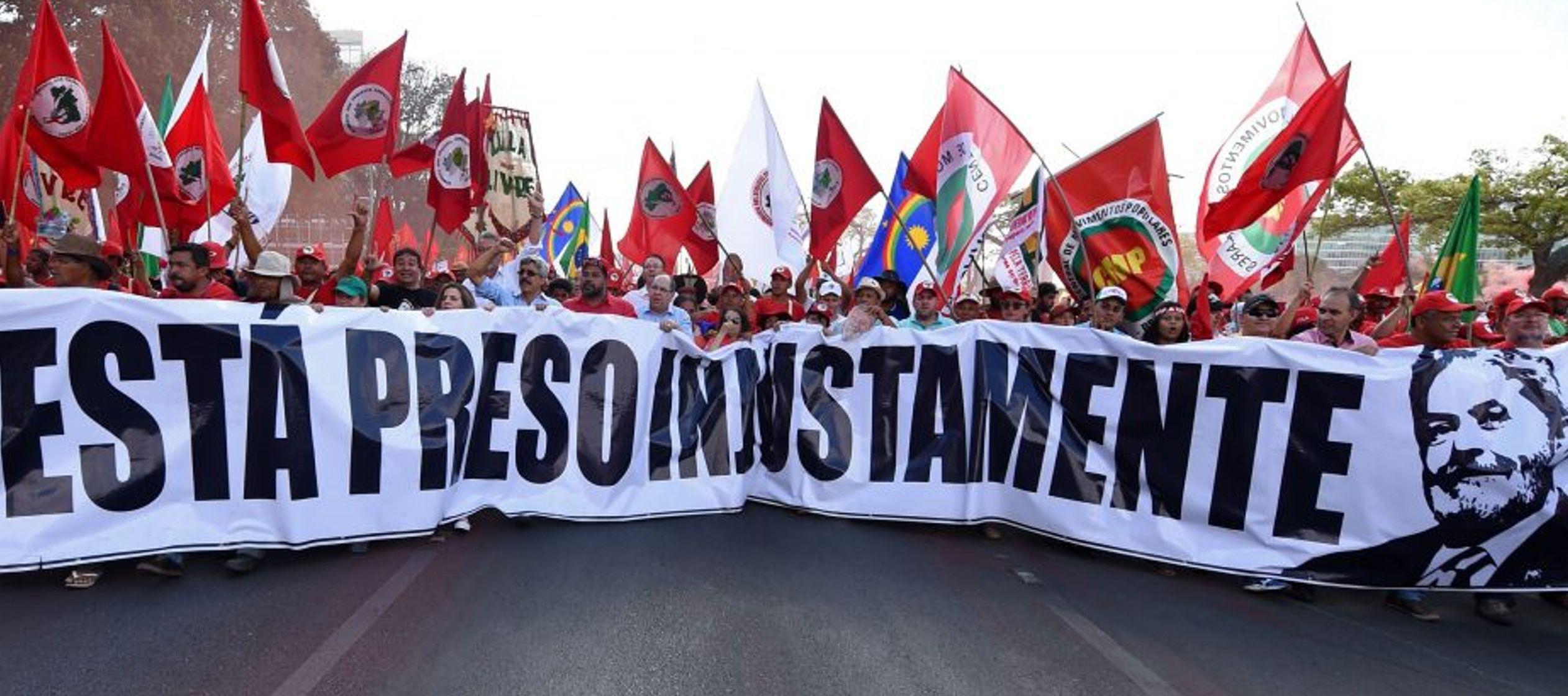 En un escenario sin Lula como candidato, la mayoría de las encuestas dan como líder a...