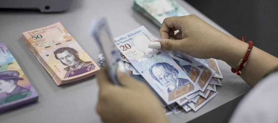 Venezuela oficializa la devaluación del 95.8 % con nueva tasa de cambio