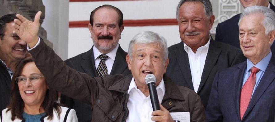López Obrador presenta a los miembros de su círculo interno en la Presidencia