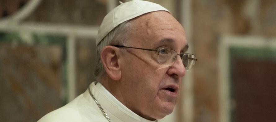 Marco Tosatti explicó que ayudó al arzobispo Carlo Maria Vigano a escribir,...