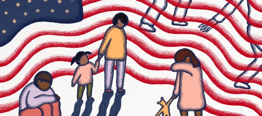 Cientos de niños permanecen separados de sus padres. Muchos de los que han sido reunificados...