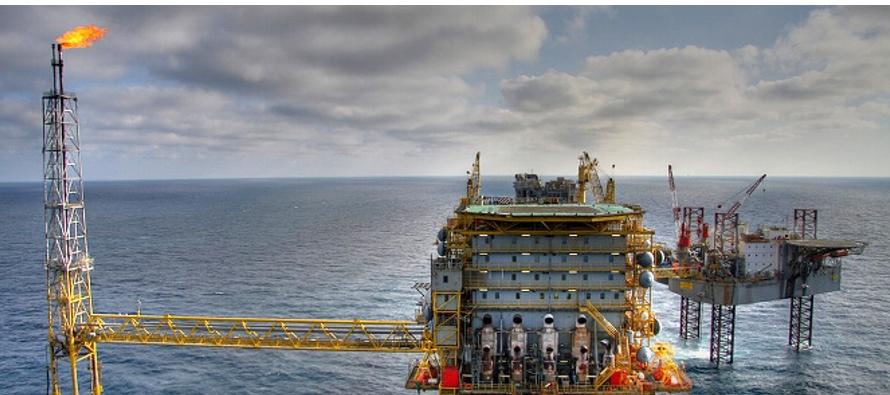 Los mantos petrolíferos fueron ubicados por las firmas Ente Nazionale Idrocarburi (ENI) de...