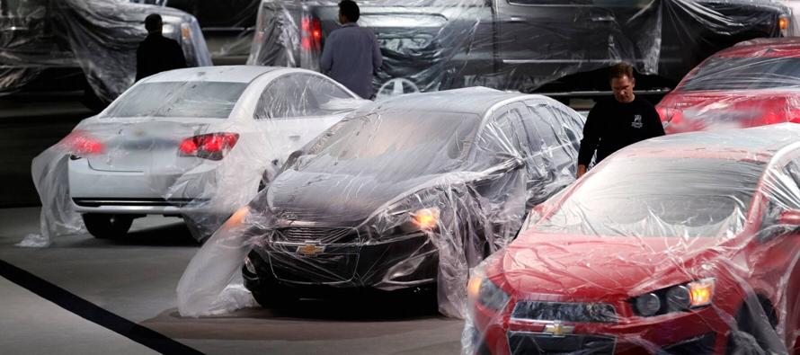 Los distribuidores de General Motors actualizarán el software del módulo de...