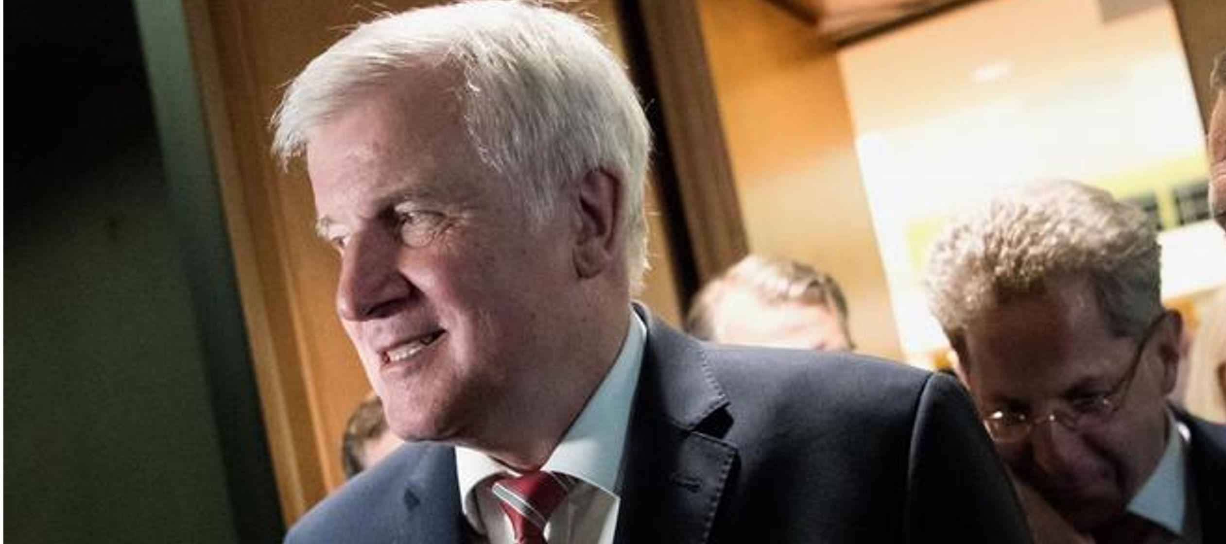 Otros políticos de esta formación, como el diputado bávaro Florian Post,...