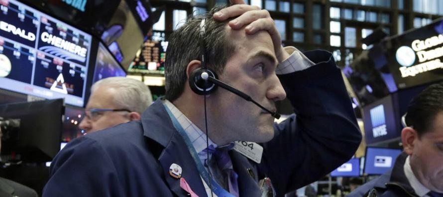 El índice MSCI de acciones mundiales .MIWD00000PUS perdía un 0,46 por ciento.