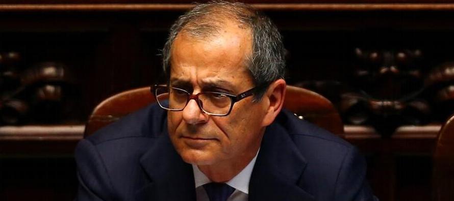 La semana pasada, la coalición gobernante de Italia -integrada por el antisistema Movimiento...