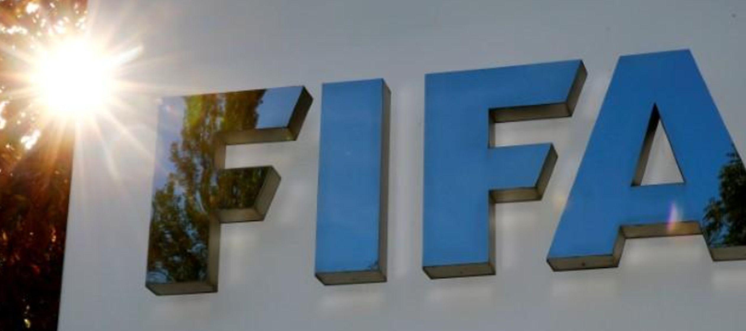 La FIFA dijo que buscará duplicar la cantidad de jugadoras a 60 millones para el 2026 y...