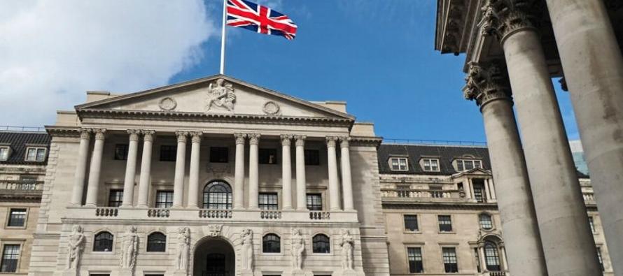 El Producto Interno Bruto (PIB) en el periodo trimestral junio-agosto creció un 0,7 por...