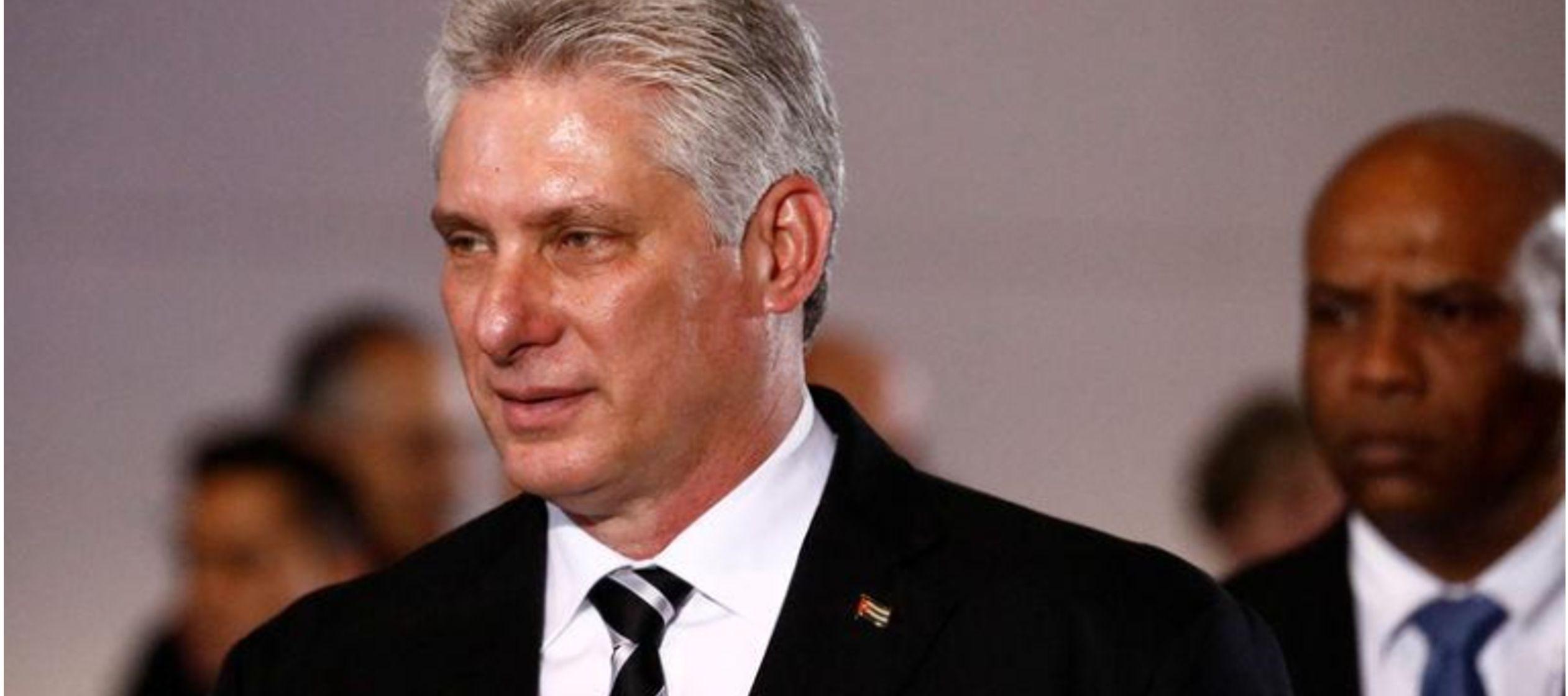 Los observadores de Cuba están atentos a señales de que Díaz-Canel marque el...