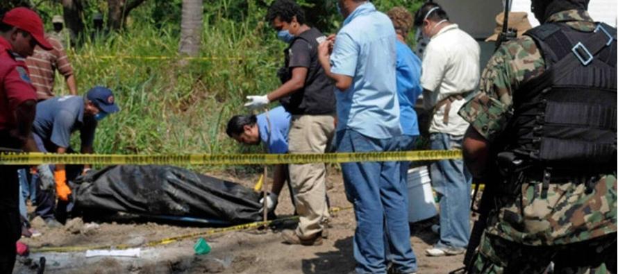 El hallazgo fue anunciado el jueves por el gobierno del estado de Guerrero. Los cadáveres...