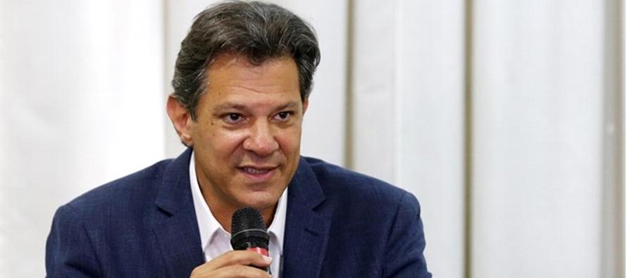 En cuanto a Brasil, el candidato por el Partido de los Trabajadores que se medirá en una...