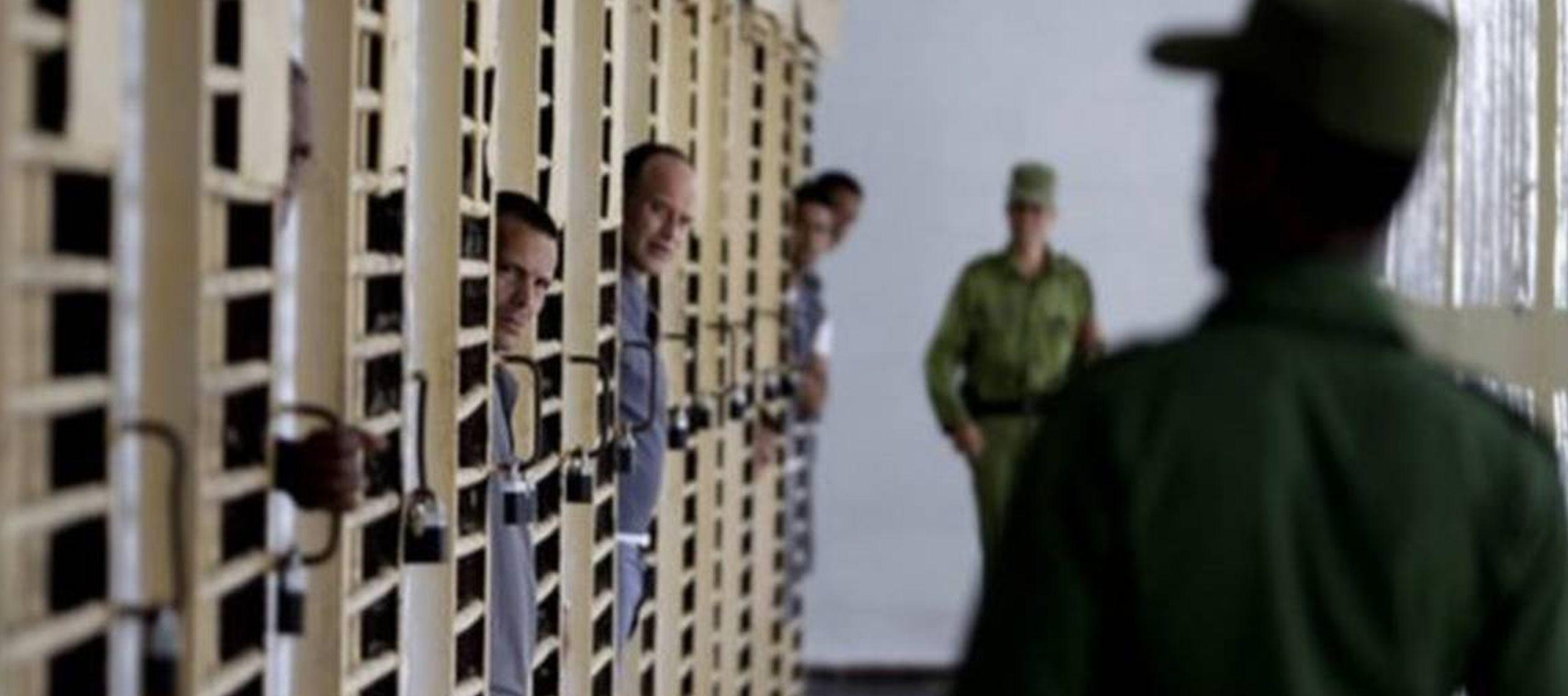 """EU: Prisioneros políticos en Cuba son """"afrenta"""""""