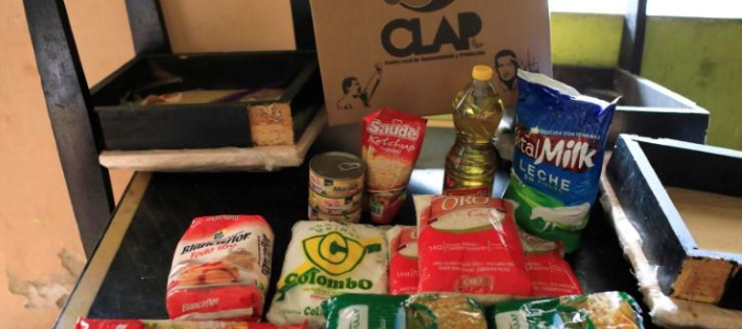 """México exige pago de 3 mln dlr a empresas por """"especular"""" con venta de alimentos a Venezuela"""