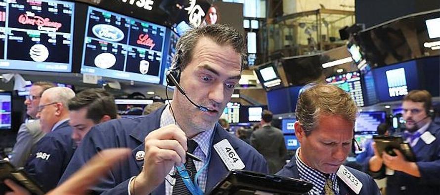 Wall Street repunta por fuertes ganancias corporativas