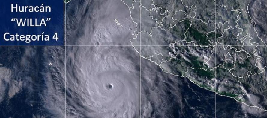 Huracán Willa se intensifica a categoría 4 frente a costas de Jalisco