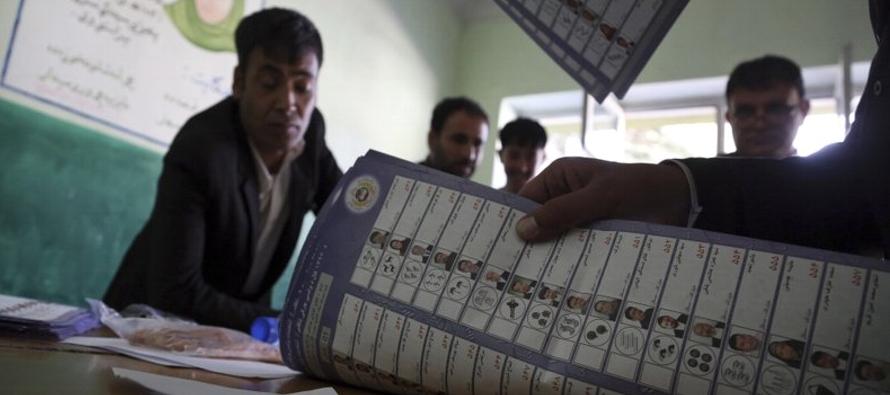 Comienza conteo de votos de caótica elección en Afganistán