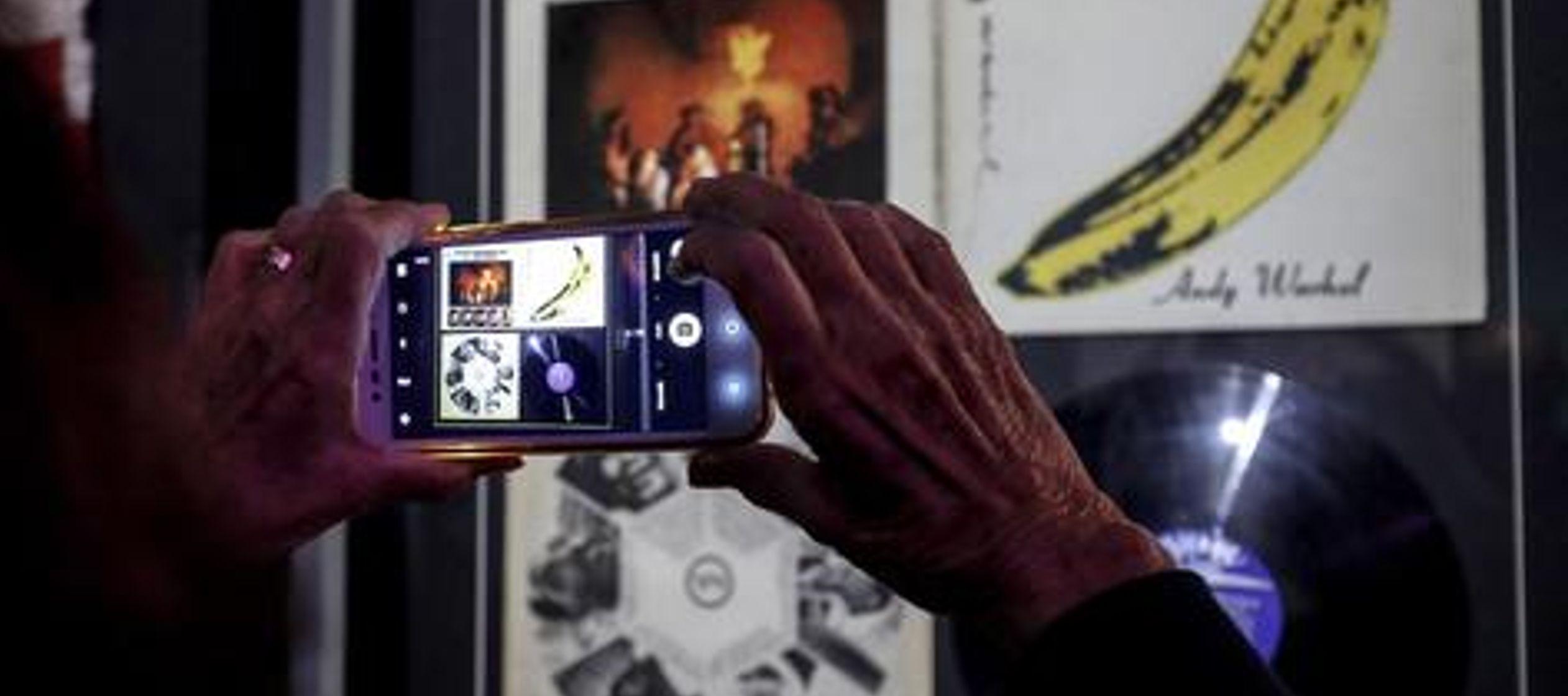 """""""Shadows"""" es uno de los trabajos más abstractos del padre del """"pop art""""..."""