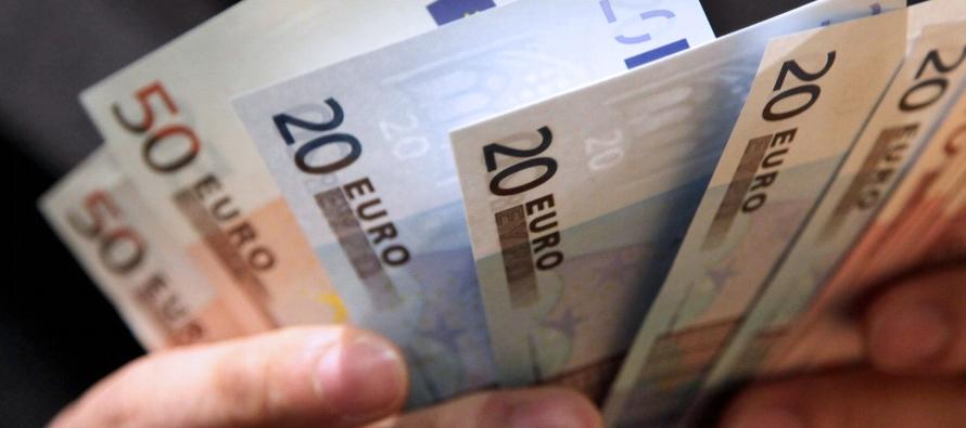 En su informe de pronósticos económicos trimestrales publicado el jueves, el...