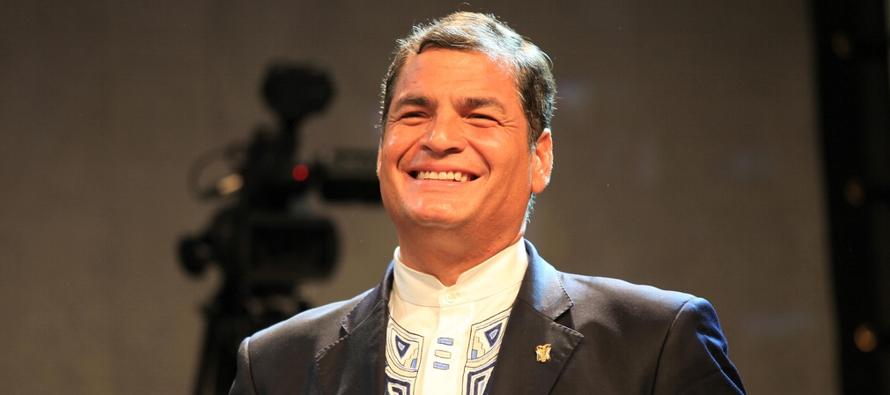 La solicitud de Correa se produjo después de que la justicia ecuatoriana lo llamara a juicio...