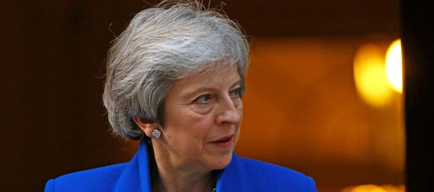 May se reunirá el jueves con otros tres líderes de la Unión Europea (UE) en...