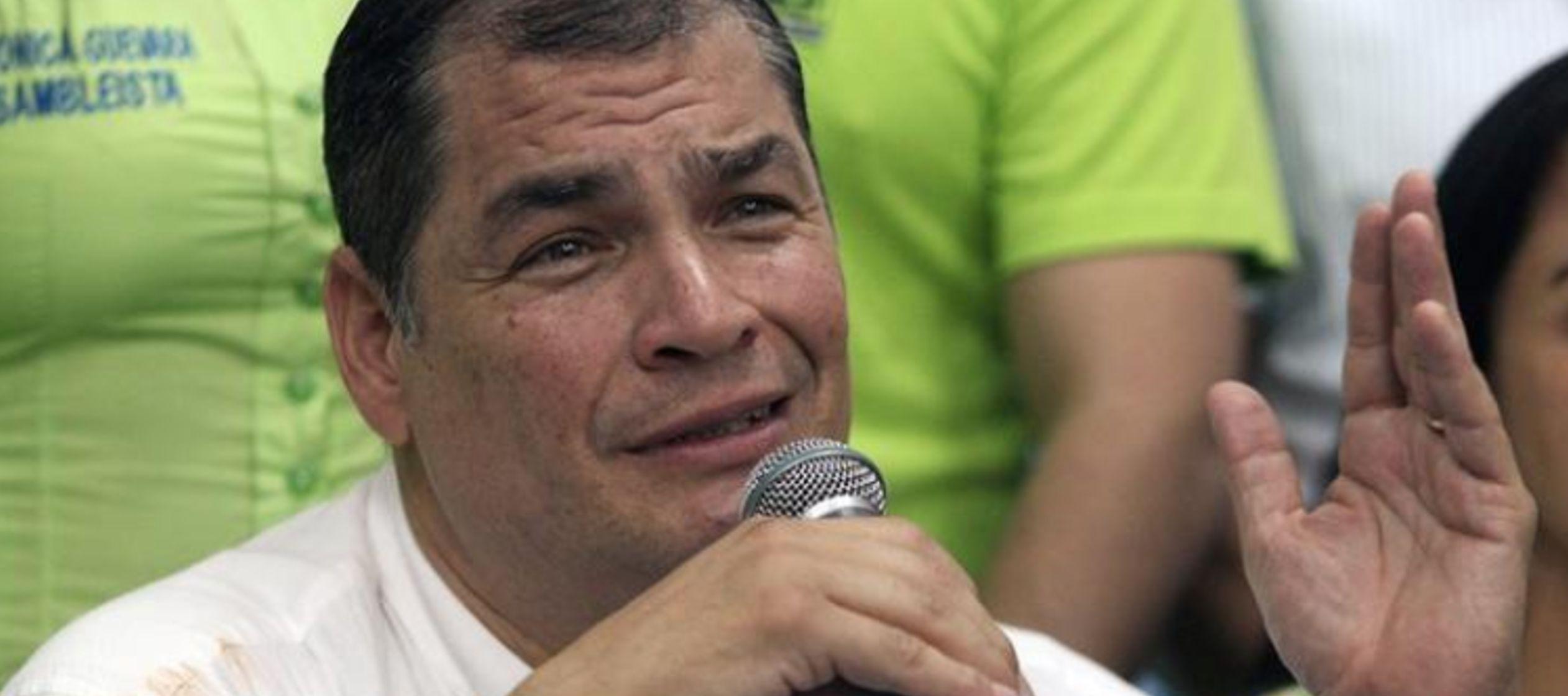"""""""No hay nada sobre el asilo. Hace un momento me dijo el presidente (Correa) que no..."""