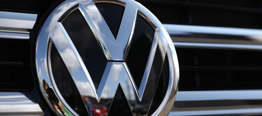 Volkswagen es capaz de fabricar 50 millones de vehículos eléctricos, dice presidente ejecutivo