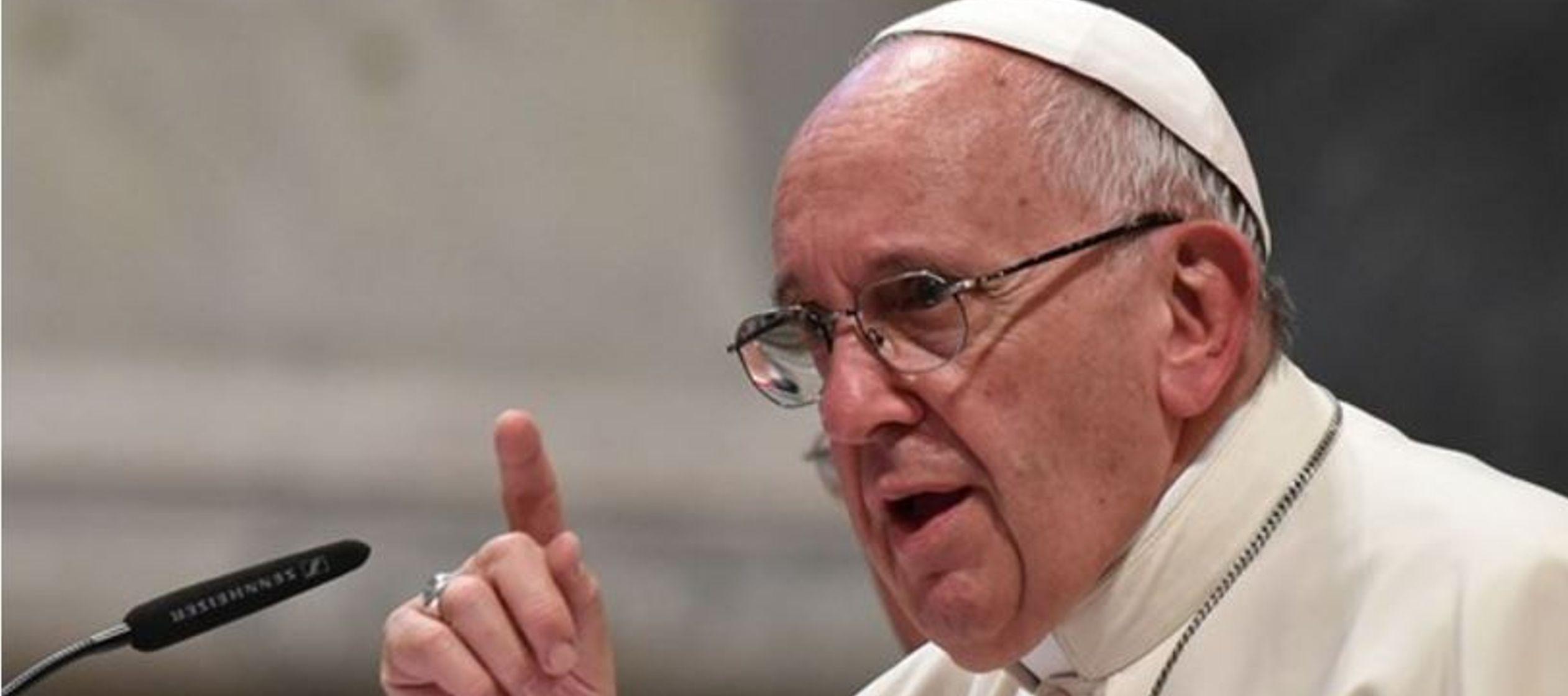 """""""Los científicos de hoy se abren más fácilmente a los valores religiosos"""": Papa Francisco"""