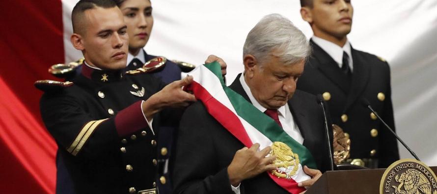 Este cambio abre además las puertas de la esperanza de la mayoría de los mexicanos,...