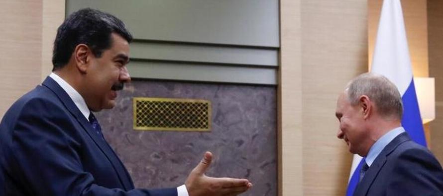 Maduro se enfrenta al rechazo de gran parte de la comunidad internacional y acudió a...