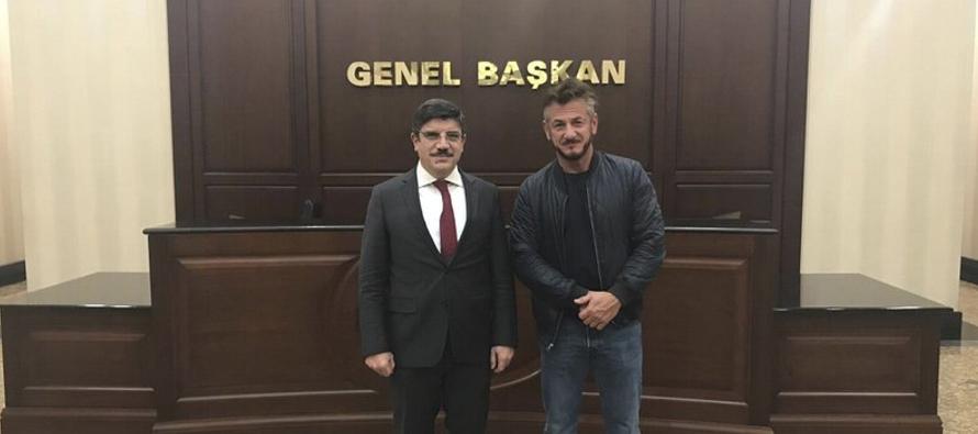 Yasin Aktay, asesor del presidente turco, dijo a la AP que el actor lo entrevistó en Ankara...