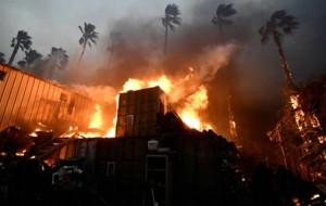 Más de 200 personas estaban desaparecidas el lunes por la mañana por el incendio forestal más mortal y destructivo registrado en California, donde al menos 31 personas han muerto y más de 250,000 han sido evacuadas a raíz de las llamas.
