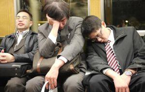 Morir por exceso de trabajo, una lacra que persiste en Jap�n